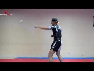 Обучение Муай Тай и ММА - три классных упражнения с мячиком для реакции, точности, координации