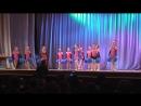 Девчата выход2 Танцы с помпонами
