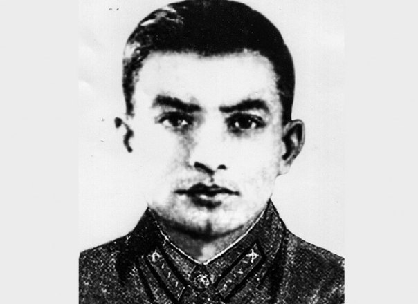 Ханпаша Нурадилов –  убил 900 фашистов