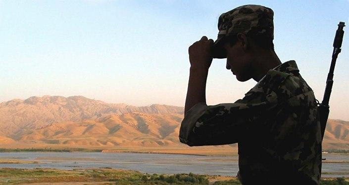 Таджикистан обвиняет кыргызского депутата в провокациях на границе
