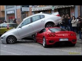 Как разбивают суперкары! ИДИОТЫ за рулем (2017)
