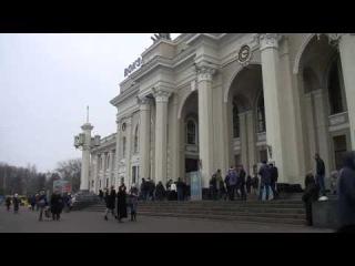 3-й песенный флешмоб в Одессе! ВЗОРВАЛИ ВОКЗАЛ! Бандеровцы были в ярости!