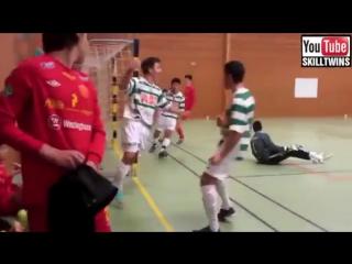Виртуозы мяча Супер трюки Футбол Фристайл Финты 2015 2016 Skills Football Freest