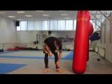 Обучение сильных ударов ногами, скоростно-силовая тренировка на ноги
