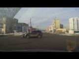 Столкновение двух автомобилей на перекрестке в Миассе 23 февраля 2017