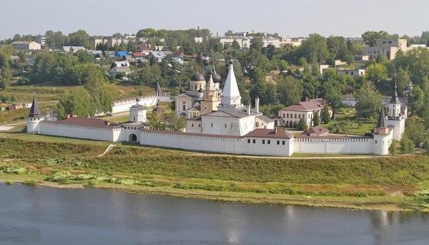 Старицкий Свято-Успенский монастырь