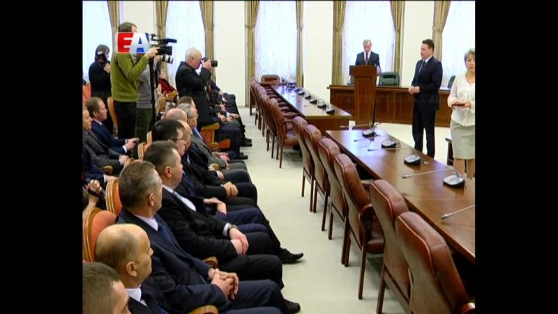 Работники Новотрубного завода получили награды от Президента