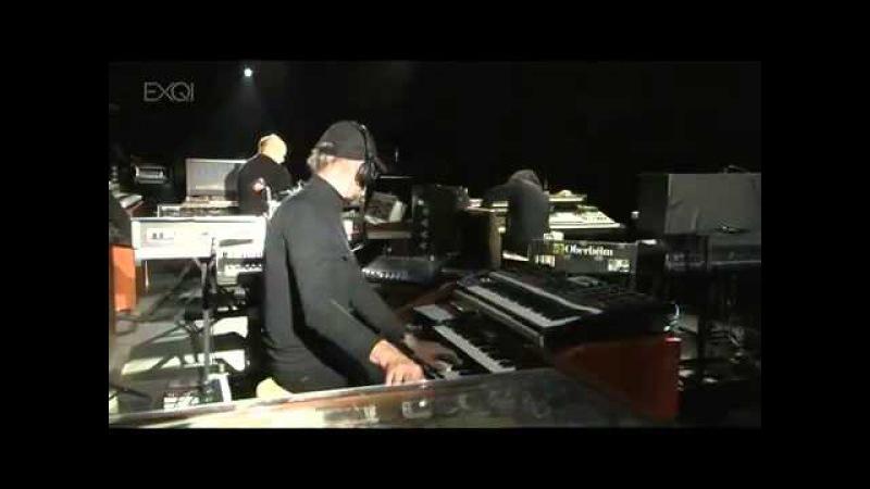 Жан Мишель Жарре (всем поклонником электронной музыки)