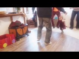когда папа, мама и дядя танцуют  Electroswing ))