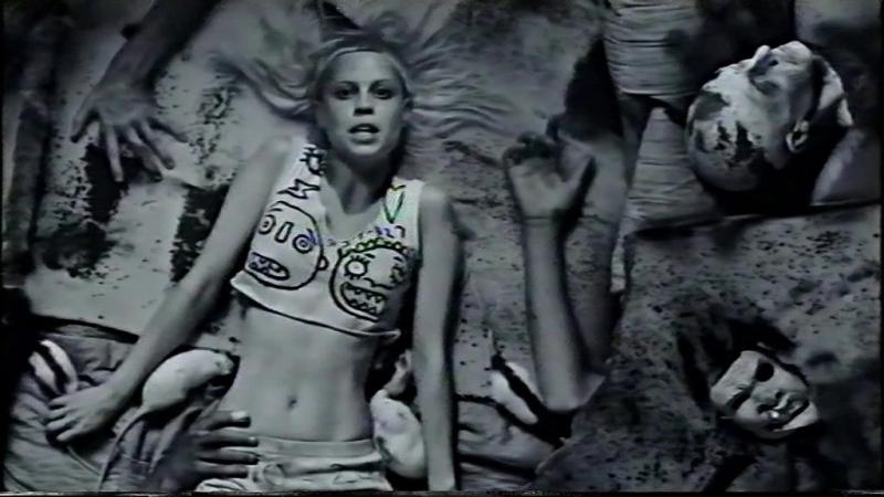 Die Antwoord - I fink u freeky [S-VHS NTSC_J]