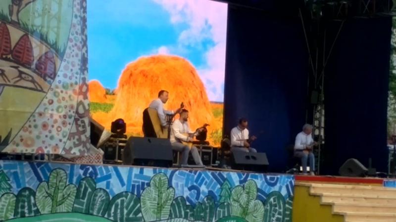 Ансамбль БАЛАЛАЙКА им С Налимова на Завалинке 2017