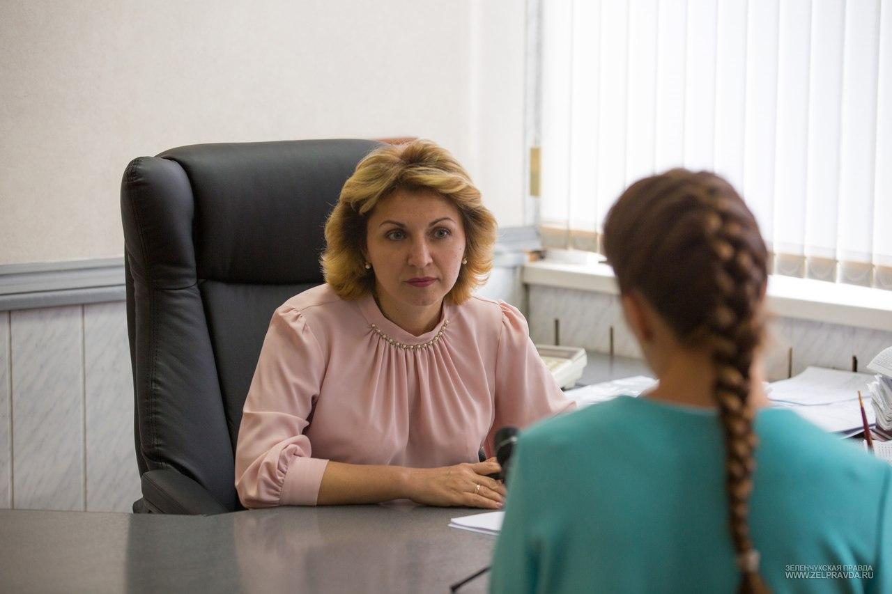 Министр образования и науки КЧР посетила Зеленчукский район
