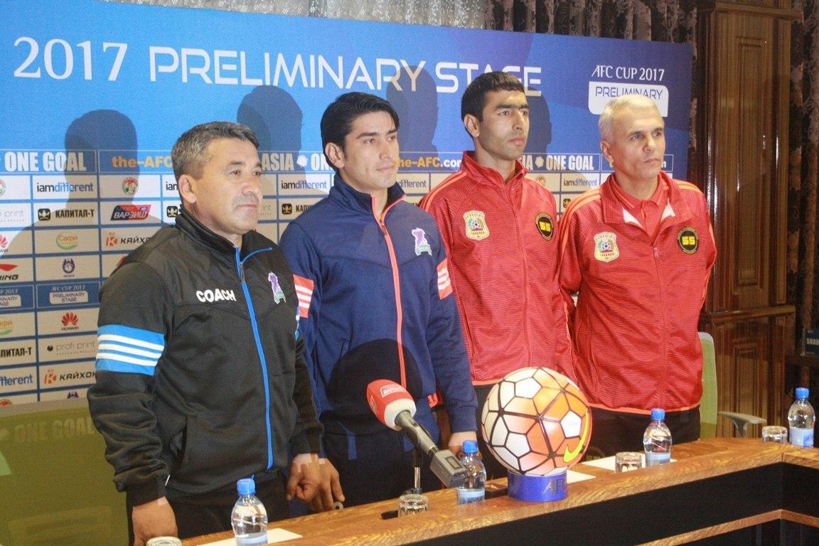 В Душанбе на центральном стадионе встретятся таджикские и афганские футболисты