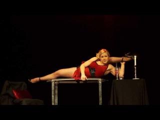 Emelie Sandberg, contortion, (Rendezvous)