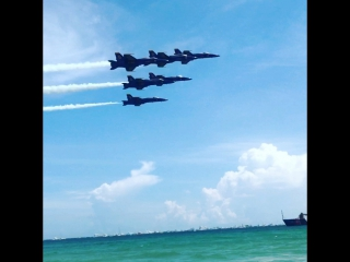Blue angels show 2017 at pensacola beach
