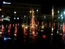 Очень красивый музыкальный и цветной фонтан у ТЮЗа г.САРАТОВА