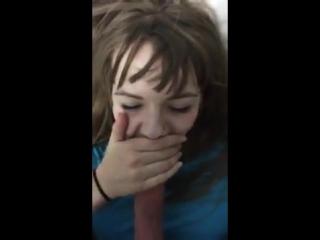 заставил сестру сосать порно
