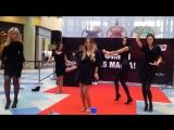 Видео #10 100 девушек станцевали в ТЦ Ауре перед жюри конкурса Мисс Европа плюс