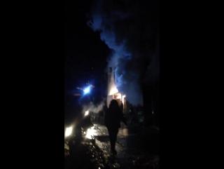 Пожар В Сочи, мкр. Бытха, сгорел жилой гараж. 22.01.17