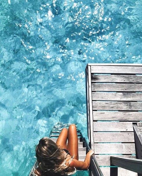 Почему так важно женщине быть на море или находиться возле воды?Чем