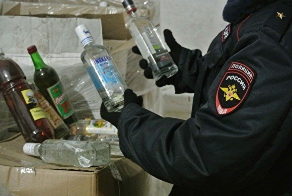Жителям Кардоникской продавали паленую водку