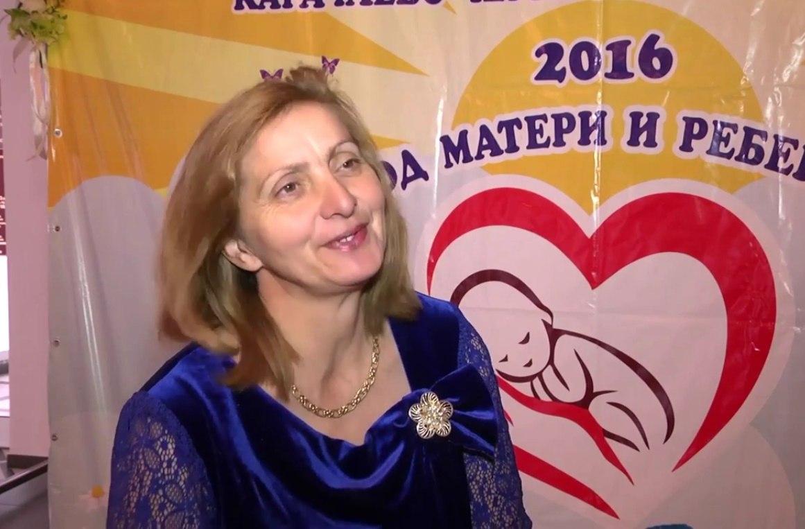 Жительнице Зеленчукского района вручили Почетный знак республики «Материнская слава»