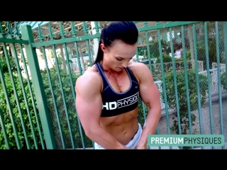 Hot Female Muscle - Sara Butler at PremiumPhysiques!