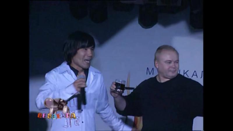 Батырхан Шукенов вместе с Арманом Давлетья́ровым ушли от Толмацкого