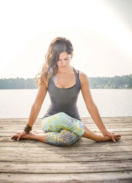 позы йоги от простатита