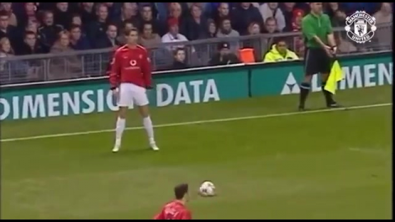 On this day @Cristiano mencetak gol pertamanya bersama MUFC ke gawang Portsmouth tepat hari ini pada tahun 2003 silam.