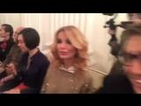 Ольга Орлова на показе Айшат Кадыровой (видео с instagram krivenko_evgeny)