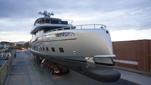 Яхта Porsche за 16 млн. долларов