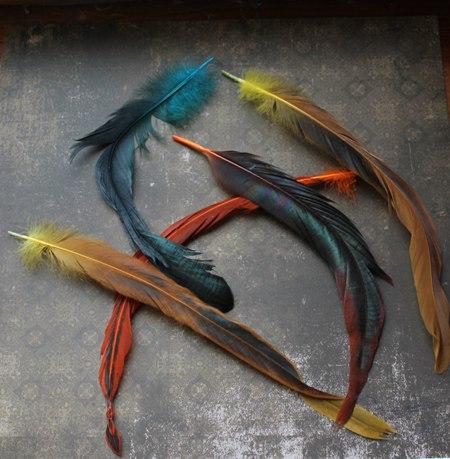 перья цесарки