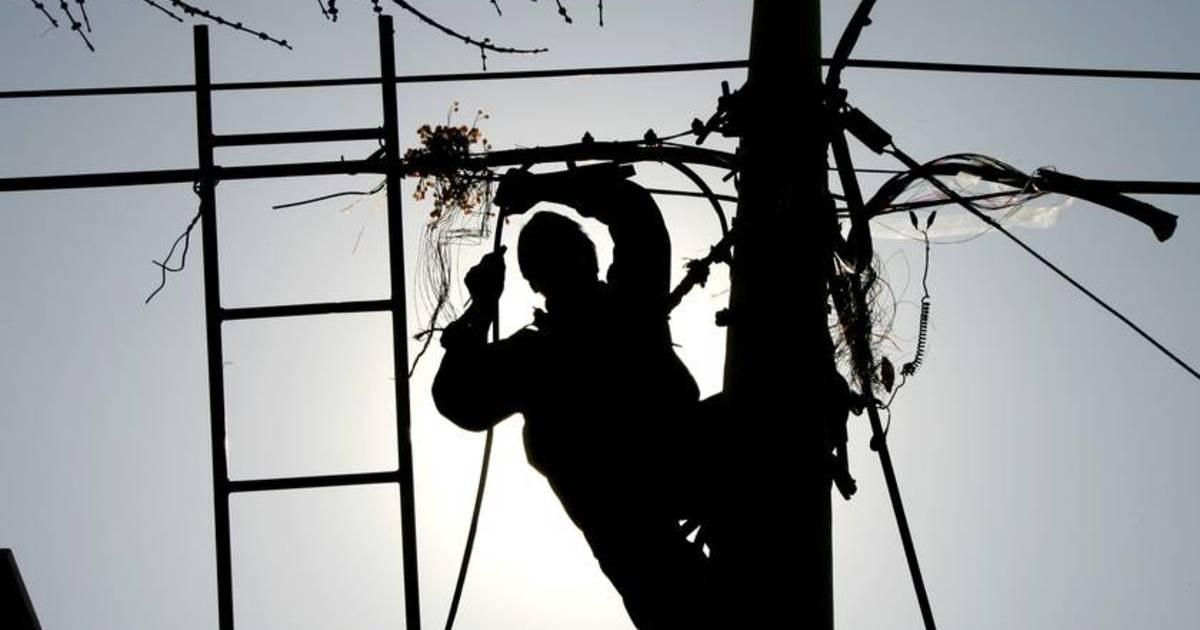 Более 1000 домов остались без электричества в Прикубанском районе