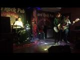 Smashing Outsiders - Drain You (Live at Hard Rock Pub) closed performance 230217