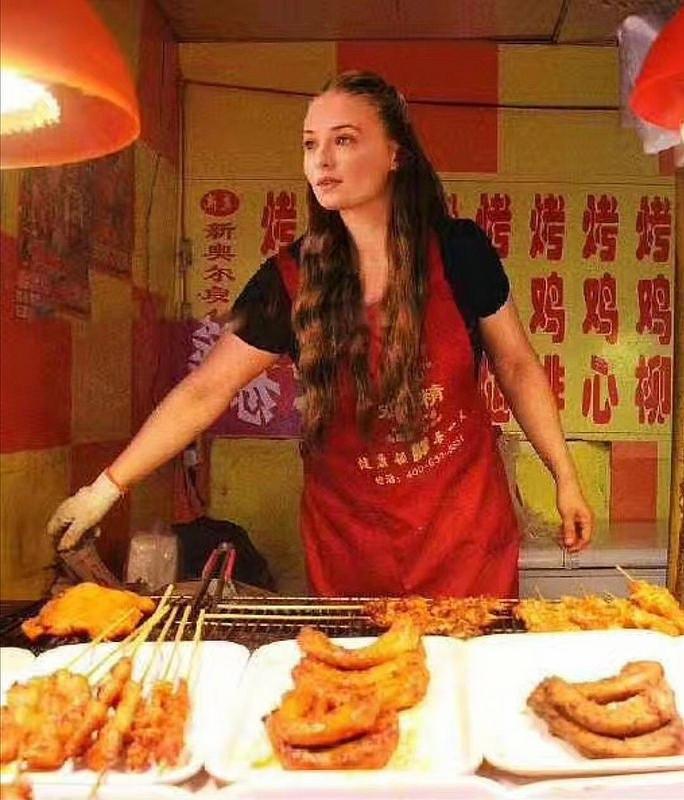 Если бы герои Игры престолов были продавцами на китайском рынке