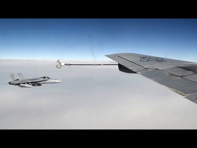 Probe-and-drogue Aerial Refueling – KC-135 F/A-18