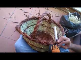 La chiusura di un cesto con treccia a 2 capi