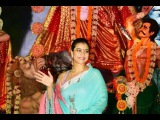 DURGA PUJA 2017 | KAJOL AND WHOLE BOLLYWOOD CELEBRATES DURGA PUJA 2017