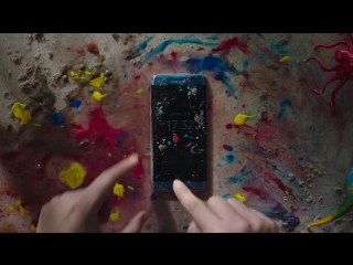 Музыка из рекламы Samsung - Crash-Test (Голландия) (2017)