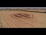 Фанат World of Tanks нарисовал 200-метровый логотип игры на своей пашне