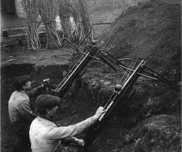 Применение арбалетов в качестве гранатомётов в Первой мировой войне.