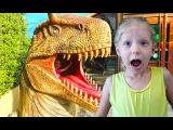 💩 ПЛАНЕТА ДИНОЗАВРОВ На нас напал Огромный Динозавр Милана очень ИСПУГАЛАСЬ де...