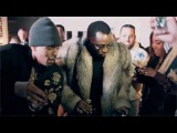 P Diddy throws a lit party on superbowl night at his mansion with a cinematic screen
