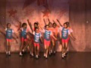 танец Пусть бегут неуклюже коллектив эстрадного танца Искорки