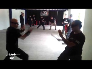 Knife combat - fighting back to the wall.Seminar Belgium - 2014. Armed Combat and Tactics.