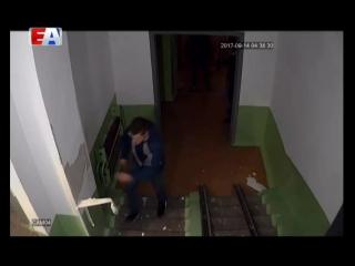Хулиганы устроили погром в доме на Береговой. Молодые люди буквально вырвали куски штукатурки со стен.