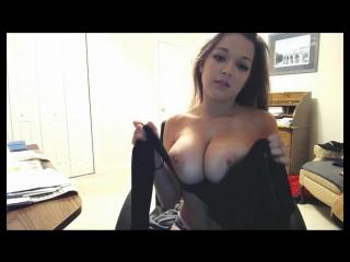 Сексуальная тансует груд