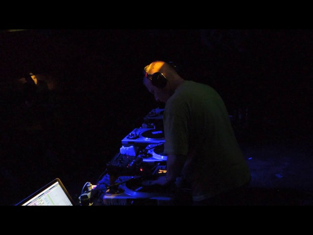 Mekhanick @ Caustic abend - 08.10.2016 - vinyllive - 02