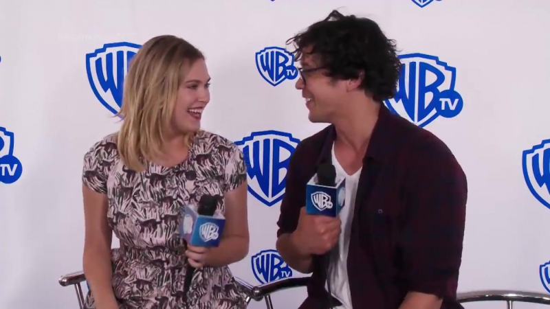 A preview of Bob and Eliza's interview with WB Brasil was posted on their Fb page.